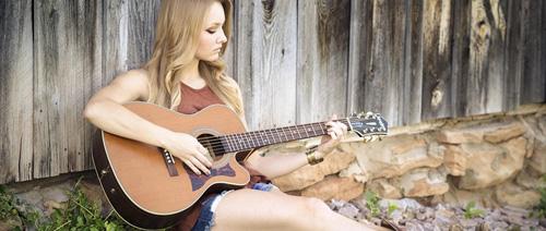 Nejoblíbenější písničky na kytaru nejen pro začátečníky
